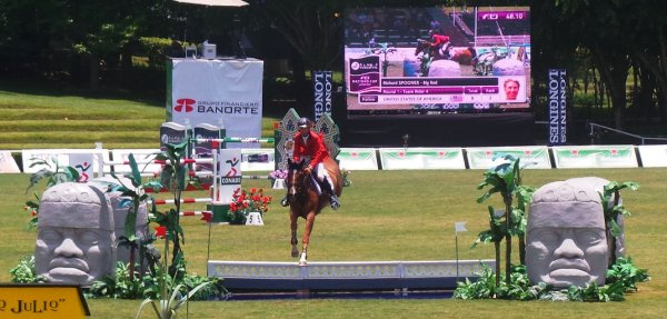 © : Richard Spooner and BIg Red, double clear
